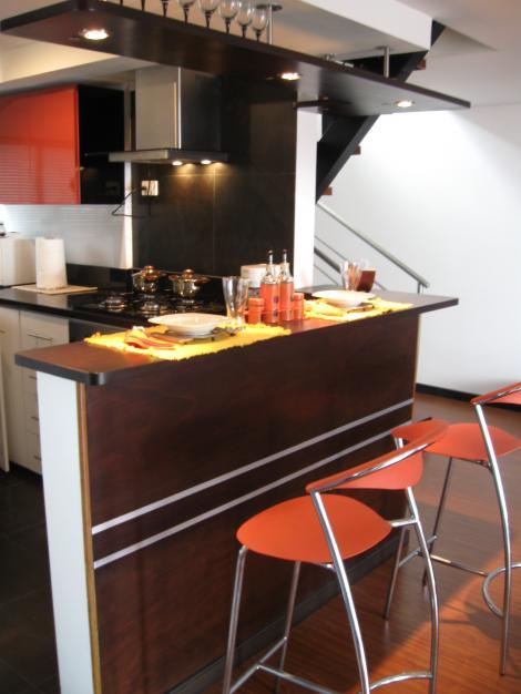 Cocinas integrales mesones y manufacturas en acero for Mesones para cocina